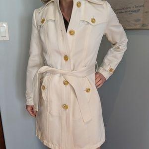 Great!  White Banana Republic trench coat/XS